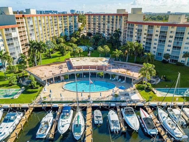 2731 NE 14th St Cswy #826, Pompano Beach, FL 33062 (MLS #A10950846) :: Berkshire Hathaway HomeServices EWM Realty