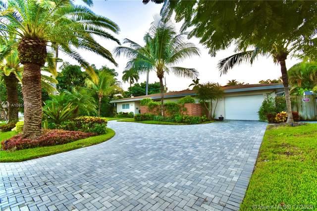 2649 NE 27th Ter, Fort Lauderdale, FL 33306 (MLS #A10951318) :: Laurie Finkelstein Reader Team