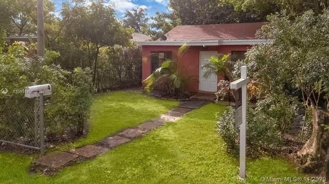 2314 Liberty St, Hollywood, FL 33020 (MLS #A10951406) :: Berkshire Hathaway HomeServices EWM Realty