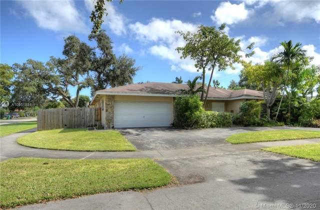 20625 NE 22nd Ave, Miami, FL 33180 (MLS #A10951884) :: Dalton Wade Real Estate Group
