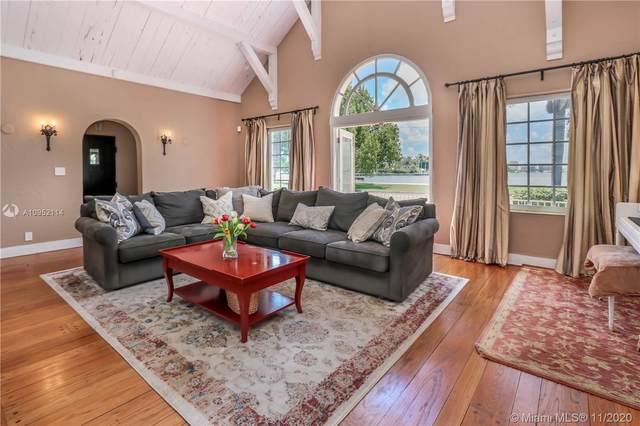 1220 Fillmore St, Hollywood, FL 33019 (MLS #A10952114) :: Berkshire Hathaway HomeServices EWM Realty