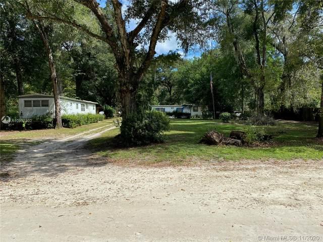 8725 NE 20th Terrace, Ocala, FL 34479 (MLS #A10952302) :: Laurie Finkelstein Reader Team
