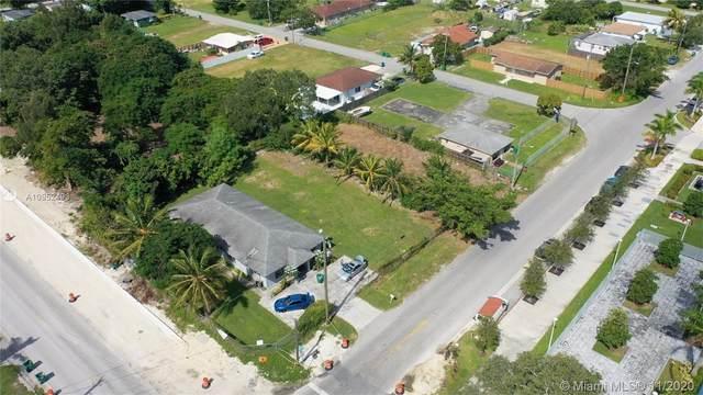11905 SW 216th St, Miami, FL 33170 (#A10952493) :: Posh Properties