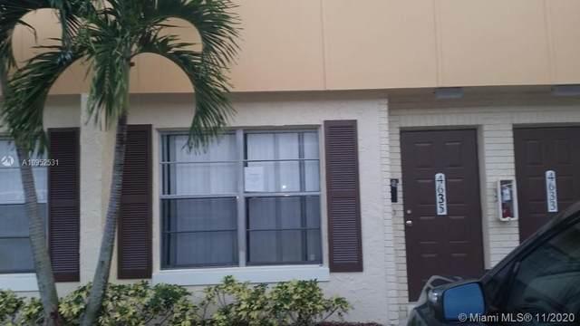 4635 NW 9th Dr, Plantation, FL 33317 (MLS #A10952531) :: Carole Smith Real Estate Team