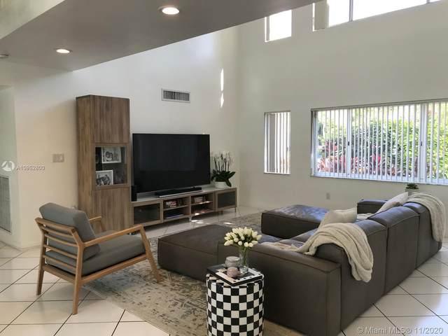 660 Warren Ln, Key Biscayne, FL 33149 (MLS #A10952800) :: Miami Villa Group