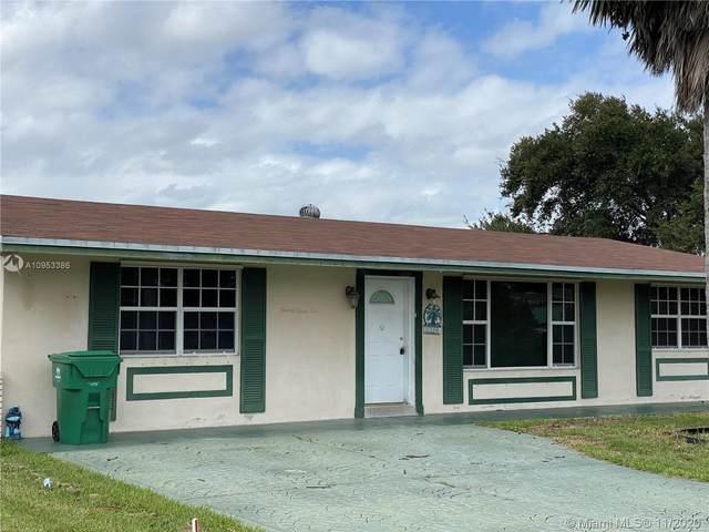 2310 E Nassau Dr, Miramar, FL 33023 (MLS #A10953386) :: Berkshire Hathaway HomeServices EWM Realty