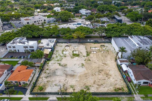 1265 SW 22nd St, Miami, FL 33145 (MLS #A10953442) :: The Riley Smith Group