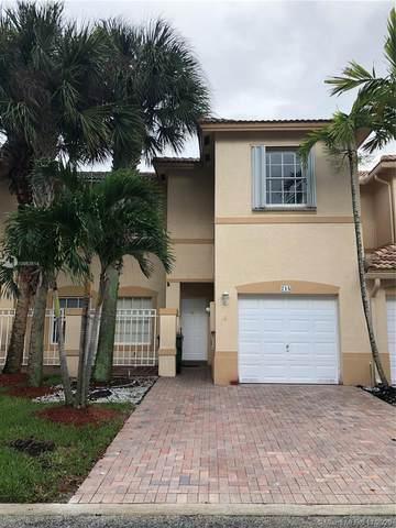 714 NW 170th Ter, Pembroke Pines, FL 33028 (MLS #A10953514) :: Green Realty Properties