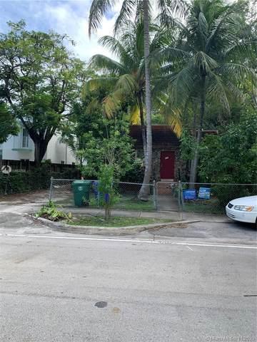 446 NE 65th St, Miami, FL 33138 (MLS #A10953769) :: The Paiz Group