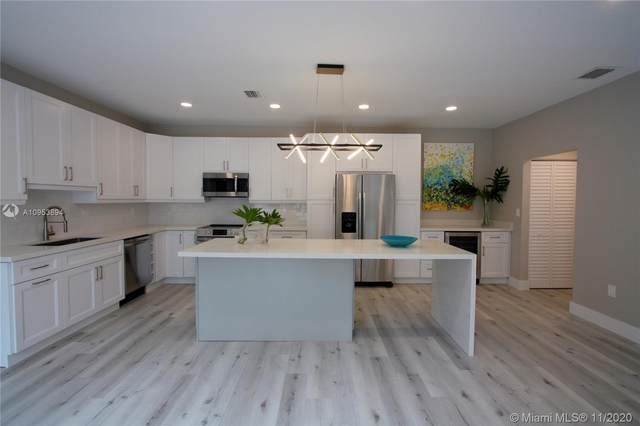 935 Lemonwood Ct -, Hollywood, FL 33019 (MLS #A10953894) :: Berkshire Hathaway HomeServices EWM Realty