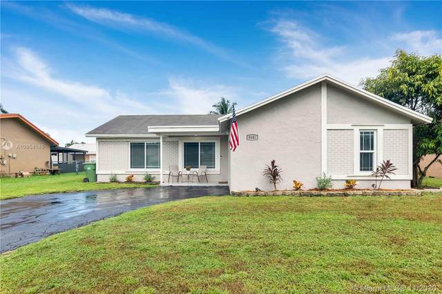 8641 NW 3rd St, Pembroke Pines, FL 33024 (MLS #A10954140) :: THE BANNON GROUP at RE/MAX CONSULTANTS REALTY I