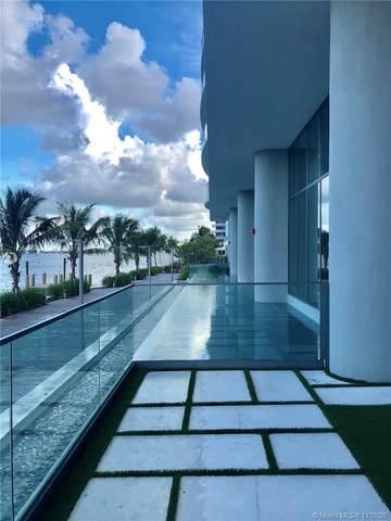 3131 NE 7th Ave #3704, Miami, FL 33137 (MLS #A10954570) :: Albert Garcia Team