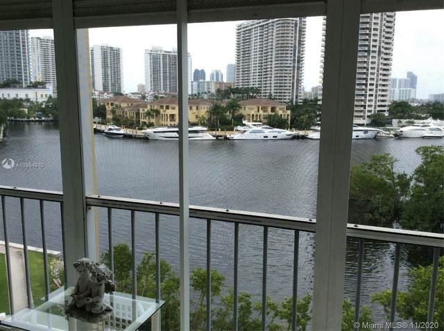 2980 Point East Dr D609, Aventura, FL 33160 (MLS #A10954980) :: Castelli Real Estate Services