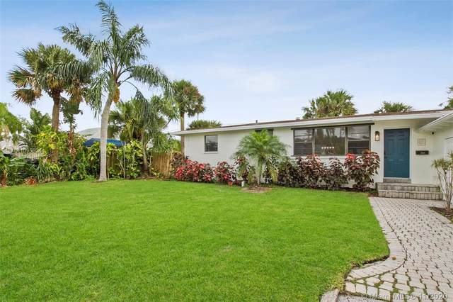 2050 Vitex Ln, North Palm Beach, FL 33408 (MLS #A10955244) :: Berkshire Hathaway HomeServices EWM Realty