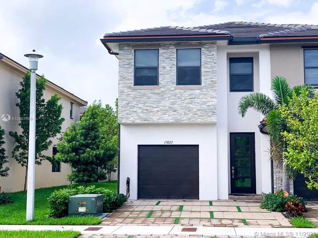 15822 NW 91st Ave #15822, Miami Lakes, FL 33018 (MLS #A10957099) :: Miami Villa Group