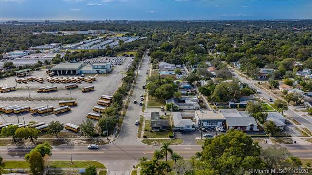 575 49th St S, St Petersburg, FL 33707 (MLS #A10957295) :: Carole Smith Real Estate Team