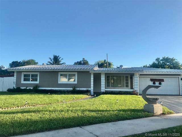 1308 NW 16th St, Fort Lauderdale, FL 33311 (MLS #A10957917) :: Carole Smith Real Estate Team