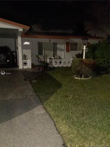 5001 NW 42nd St, Lauderdale Lakes, FL 33319 (MLS #A10958655) :: Albert Garcia Team