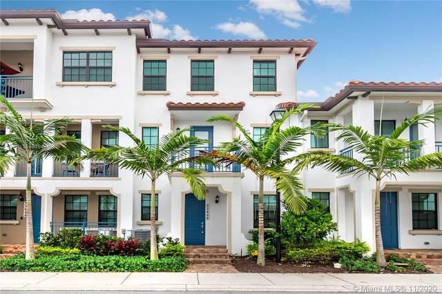 11635 SW 13th Ct, Pembroke Pines, FL 33025 (MLS #A10959194) :: Berkshire Hathaway HomeServices EWM Realty