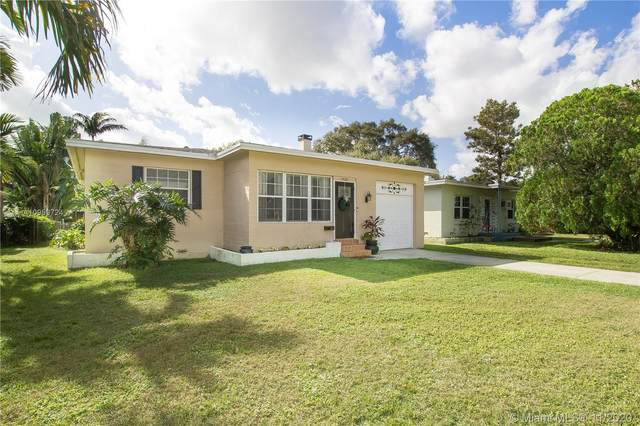 2626 Mckinley St, Hollywood, FL 33020 (MLS #A10959724) :: Laurie Finkelstein Reader Team