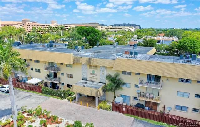 8601 SW 94th St 220W, Miami, FL 33156 (MLS #A10959755) :: Green Realty Properties