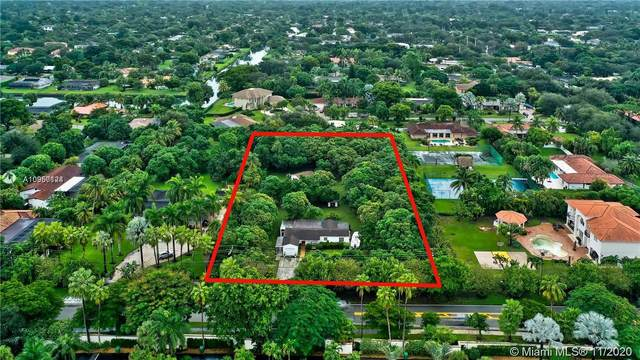 11041 SW 77th Ave, Pinecrest, FL 33156 (MLS #A10960124) :: The Riley Smith Group
