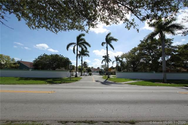 22175 SW 110th Pl, Miami, FL 33170 (MLS #A10961087) :: The Azar Team