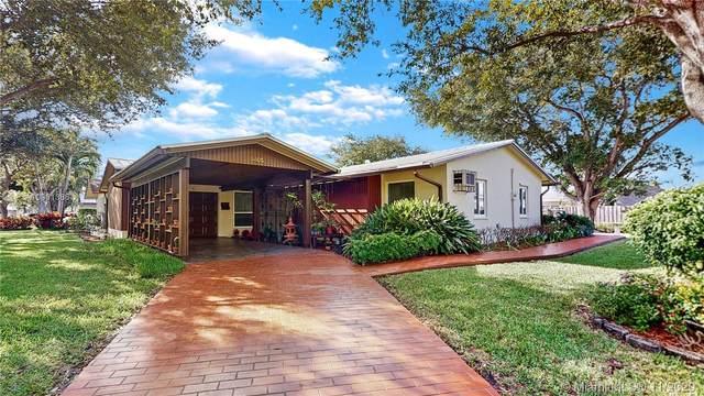 9405 SW 186th St, Cutler Bay, FL 33157 (MLS #A10961386) :: Douglas Elliman