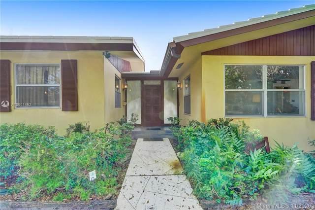 1450 Monroe St, Hollywood, FL 33020 (MLS #A10961462) :: Albert Garcia Team