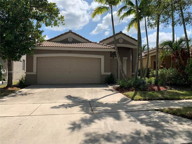 895 Golden Cane Dr, Weston, FL 33327 (MLS #A10961559) :: Albert Garcia Team