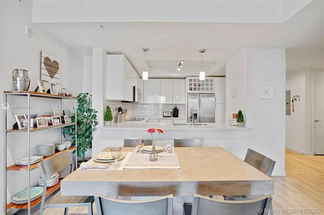 999 SW 1st Ave #2117, Miami, FL 33130 (MLS #A10961688) :: Berkshire Hathaway HomeServices EWM Realty