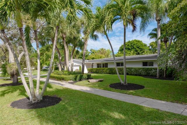 18085 SW 77th Ave, Palmetto Bay, FL 33157 (MLS #A10961736) :: Berkshire Hathaway HomeServices EWM Realty