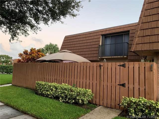 2565 Garden Ct #2565, Cooper City, FL 33026 (MLS #A10962260) :: Green Realty Properties