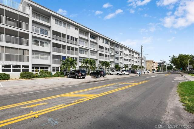 329 SE 3rd St 303S, Hallandale Beach, FL 33009 (MLS #A10962342) :: ONE Sotheby's International Realty