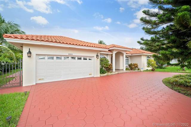 6821 Winged Foot Dr, Hialeah, FL 33015 (MLS #A10962596) :: ONE Sotheby's International Realty