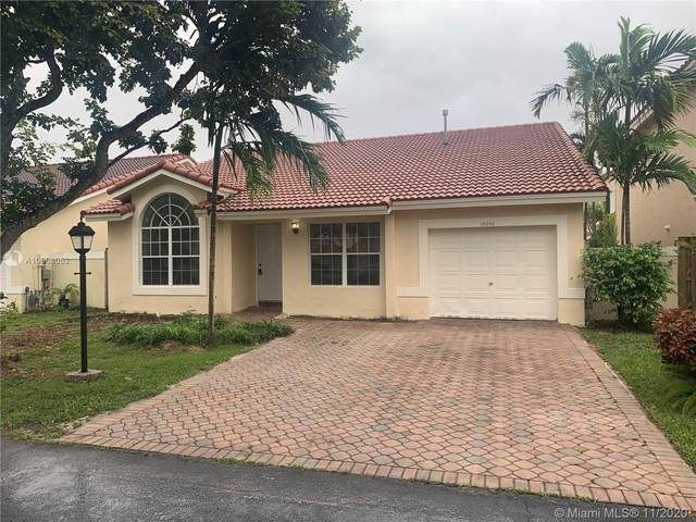 15246 SW 108th Ter, Miami, FL 33196 (MLS #A10963052) :: ONE Sotheby's International Realty