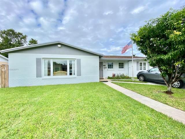 9105 SW 182nd St, Palmetto Bay, FL 33157 (MLS #A10963071) :: Miami Villa Group