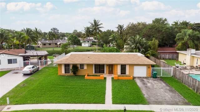 18122 SW 89th Ct, Palmetto Bay, FL 33157 (MLS #A10963140) :: Douglas Elliman