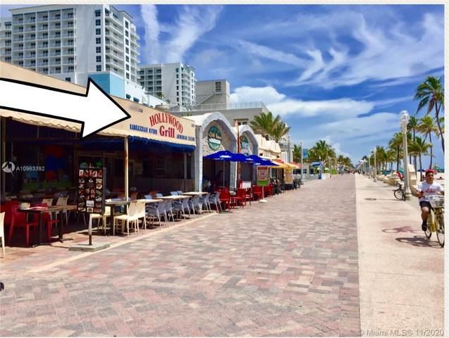 905 N Broadwalk, Hollywood, FL 33019 (MLS #A10963392) :: The Jack Coden Group