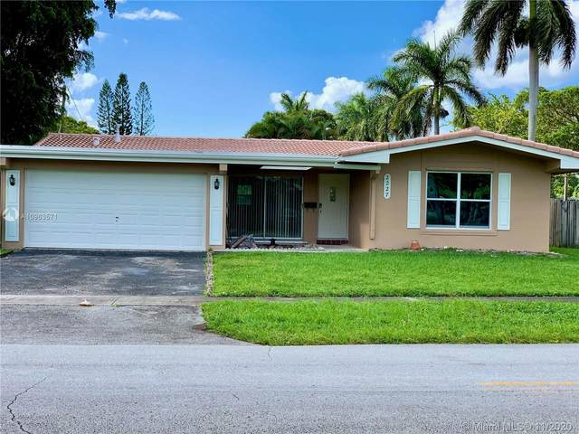 2227 NW 72nd Ave, Sunrise, FL 33313 (MLS #A10963571) :: Podium Realty Group Inc