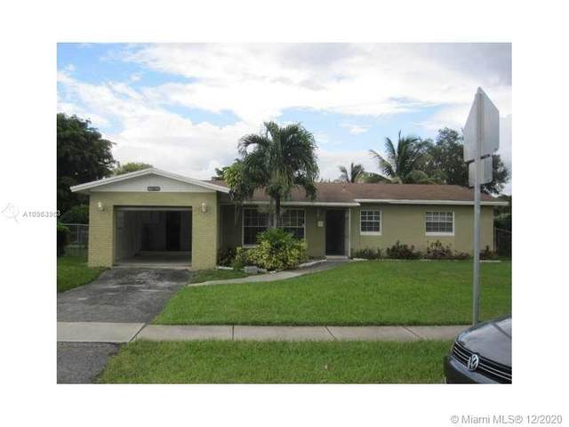 6813 Rio Pinar, North Lauderdale, FL 33068 (MLS #A10963953) :: Albert Garcia Team