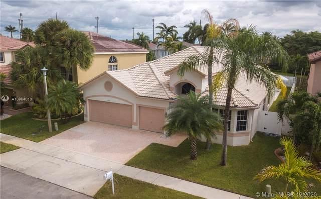 17414 SW 31st Ct, Miramar, FL 33029 (MLS #A10964010) :: Miami Villa Group