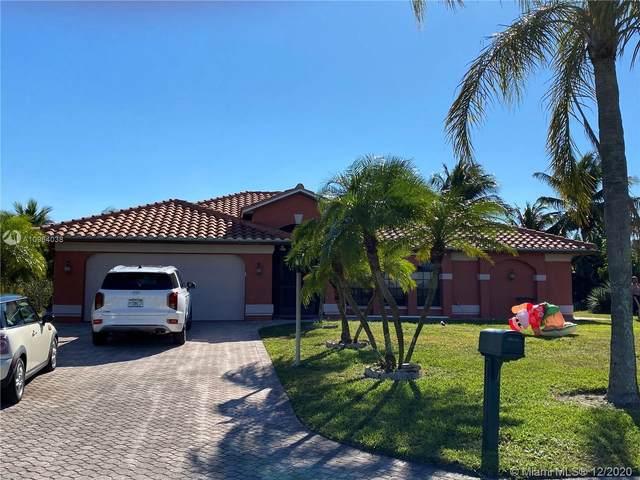 12321 Avida Lane, Bonita Springs, FL 34135 (MLS #A10964038) :: Laurie Finkelstein Reader Team