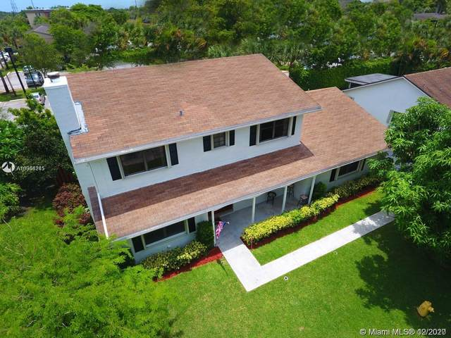 306 NW 78th Ave, Plantation, FL 33324 (MLS #A10964245) :: Miami Villa Group