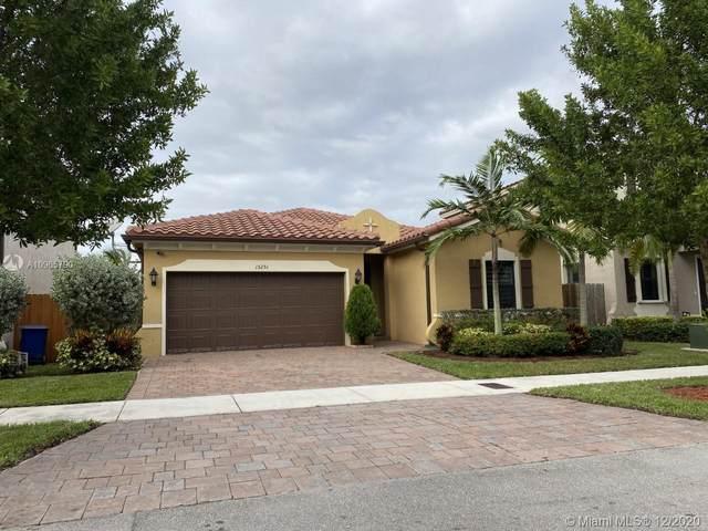 15251 SW 173rd Ln, Miami, FL 33187 (MLS #A10965790) :: Miami Villa Group