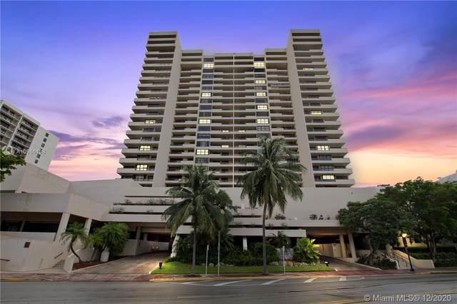 2555 Collins Ave #907, Miami Beach, FL 33140 (MLS #A10966198) :: Castelli Real Estate Services