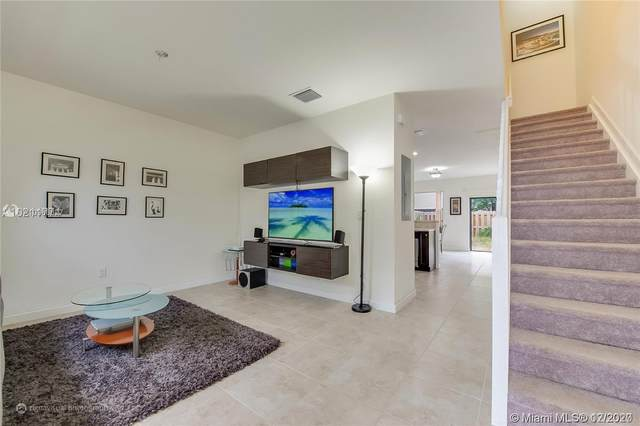 15064 SW 115th St #15064, Miami, FL 33196 (MLS #A10966327) :: THE BANNON GROUP at RE/MAX CONSULTANTS REALTY I