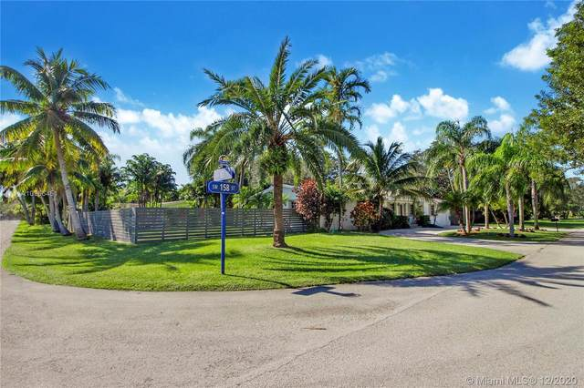 8360 SW 158th St, Palmetto Bay, FL 33157 (MLS #A10966451) :: Miami Villa Group
