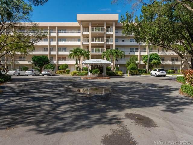 3970 Oaks Clubhouse Dr #401, Pompano Beach, FL 33069 (MLS #A10966528) :: Berkshire Hathaway HomeServices EWM Realty