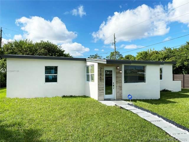21840 SW 112th Ave, Miami, FL 33170 (MLS #A10967135) :: Carole Smith Real Estate Team
